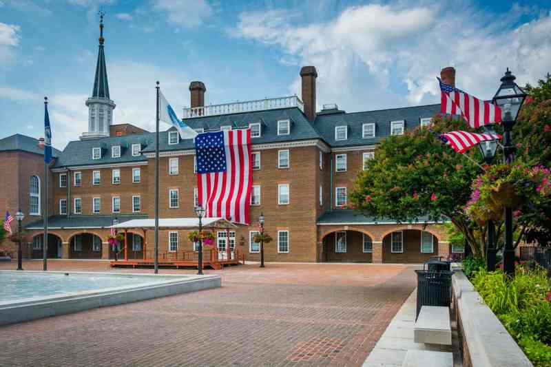 City Hall in Old Town, Alexandria, Virginia