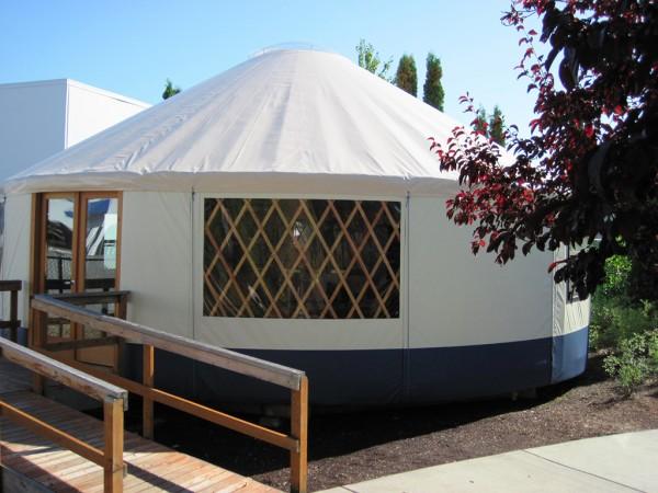 yurts-1-600x450