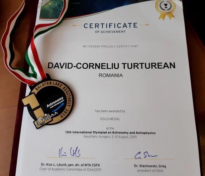 Medalie de Aur IOAA 2019, Ungaria