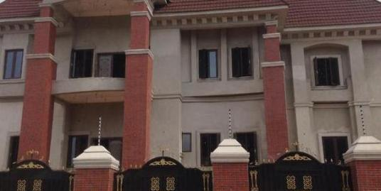 8 BEDROOM FULLY DETACHED MANSION DUPLEX