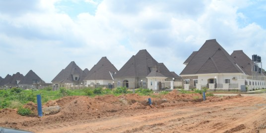 RESIDENTIAL LAND FOR 4 BEDROOM PENT HOUSE