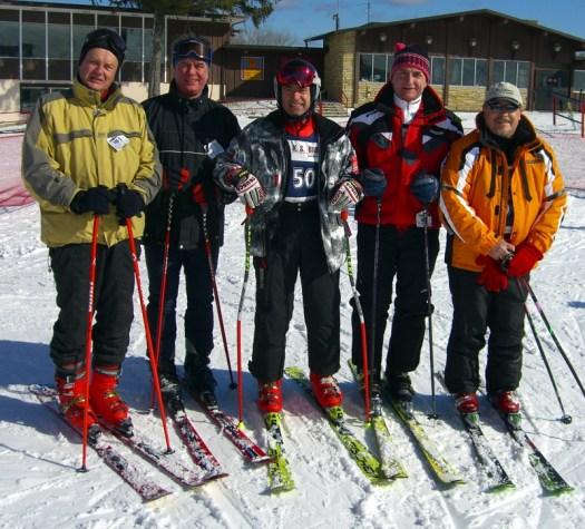 Od lewej J.Mazurek H.Roztoczynski B.Orawiec M.Rudnicki A.Piergies - Wilmot Mt. Wisconsin. 5 lutego 2006