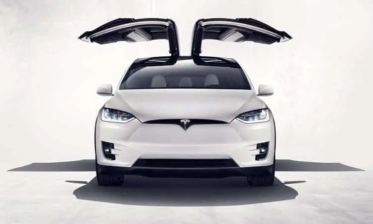 Tesla Model X with beautifully extended Falcon Wings. Credit: Tesla Motors