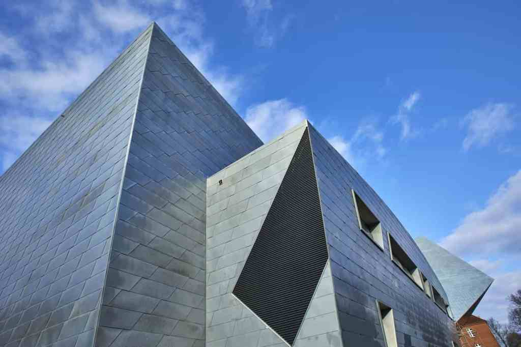 New-Central-Building-by-Daniel-Libeskind-16