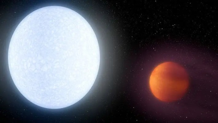 An artist's conception of the KELT-9 system, which has a host star (left) that's almost twice as hot as our sun. Credit: NASA/JPL-Caltech/R. Hurt (IPAC).