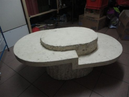 meubelen  Salontafel in wit beige fossielsteen