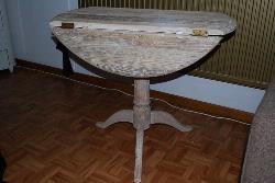 Ronde tafel in sloophout Aangeboden Tweedehands