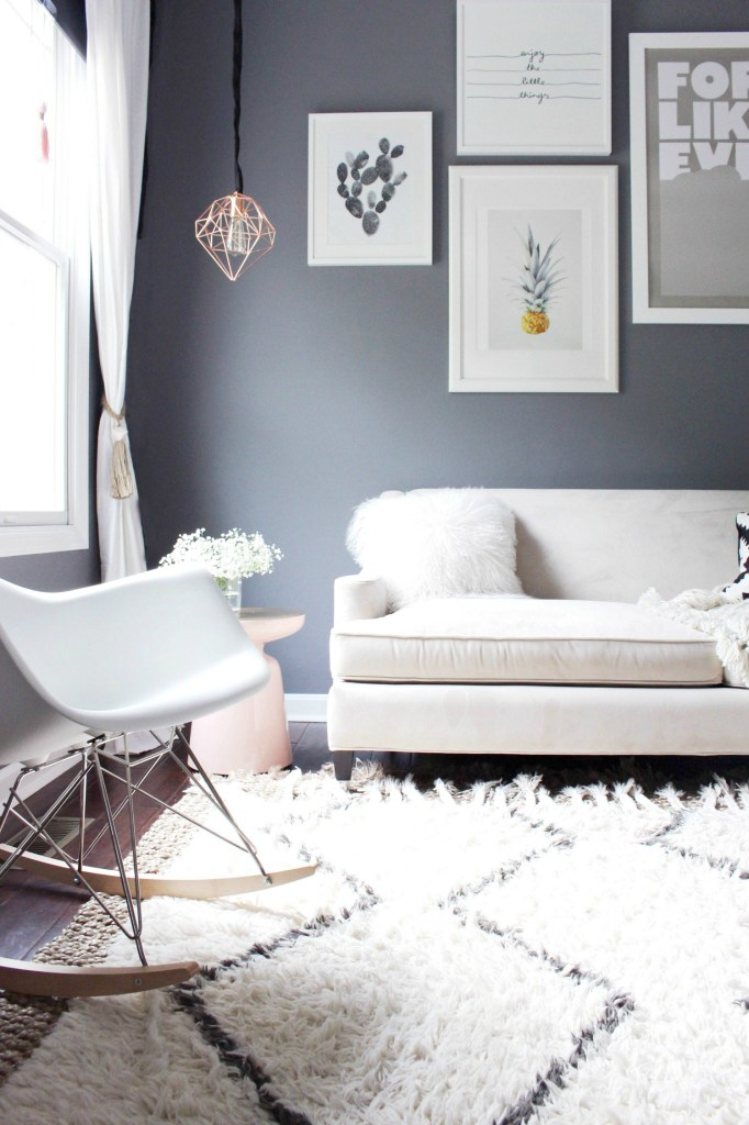 Gallery Wall Living Room Design - zoewithlove.me