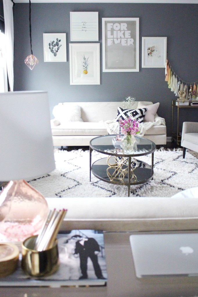 Living Room Decor Using Gray And Pink Zoe With Love