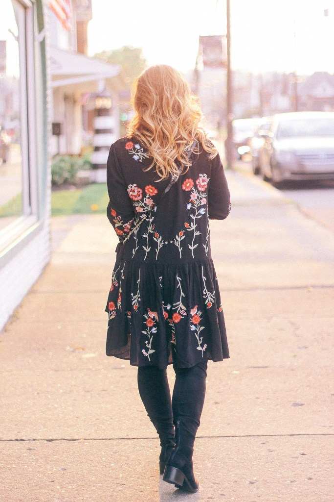 The Best Embroidery Dress to Wear with Flats
