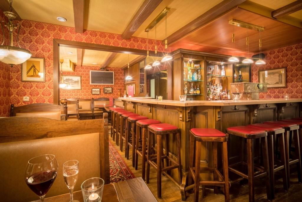 restaurant ringhotel altes zollhaus. Black Bedroom Furniture Sets. Home Design Ideas