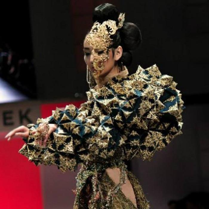Guo Pei9