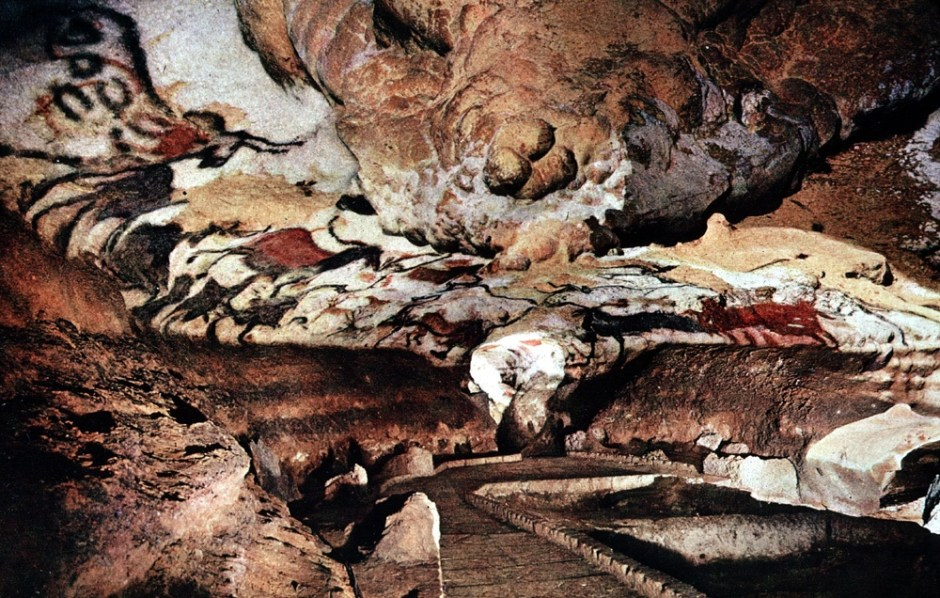 OCTOBER 2014 | Cave Paintings of Lascaux