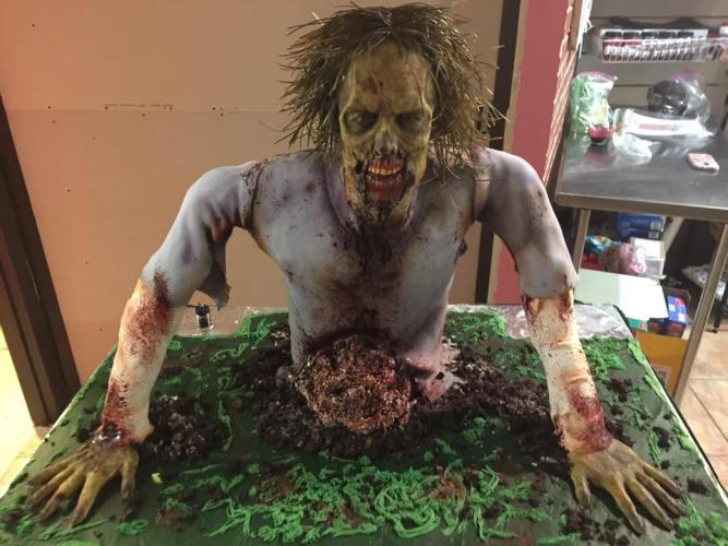 A WALKING DEAD Movie and a Zombie Cake