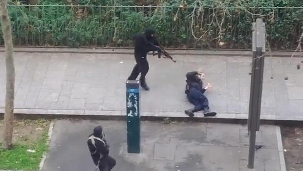 Thautawi migilo te'n Paris police officer khat amaitang ah akaplup laitak