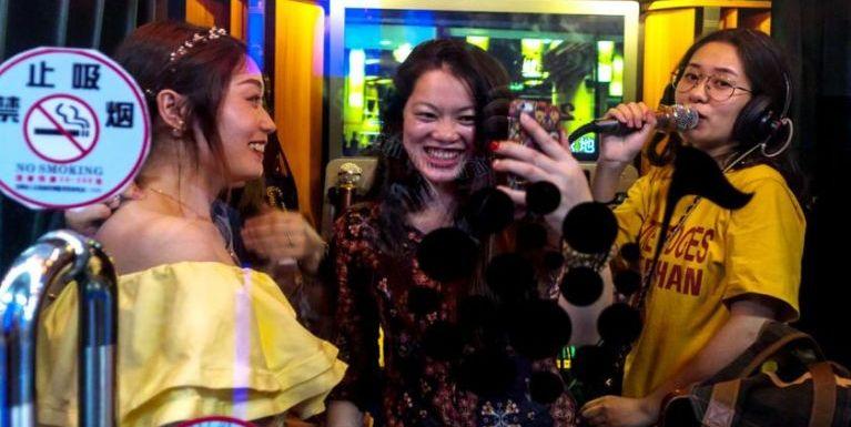 Yangon Government in Karaoke Business panin sum tampi ngahding kici