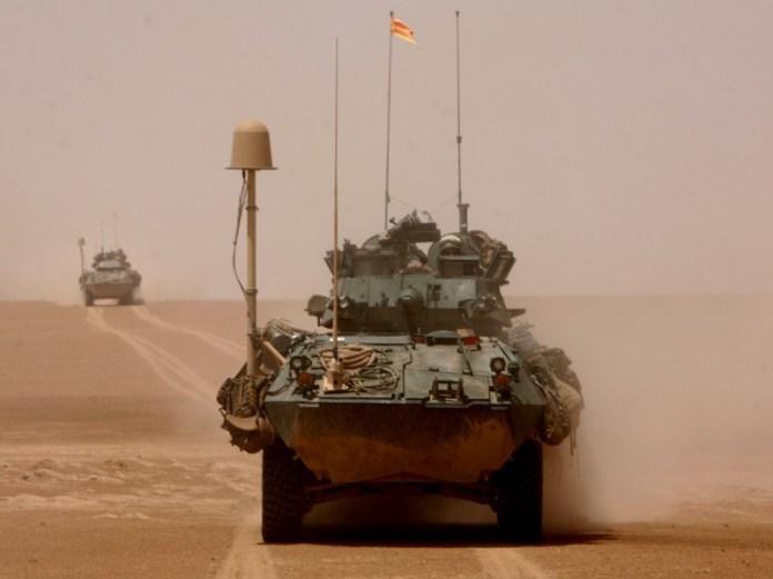 LAV-25 del 3rd LAR Battalion durante tareas de exploración en Nínive, Irak. Imagen: Lance Cpl. Brian A. Kinney - USMC.
