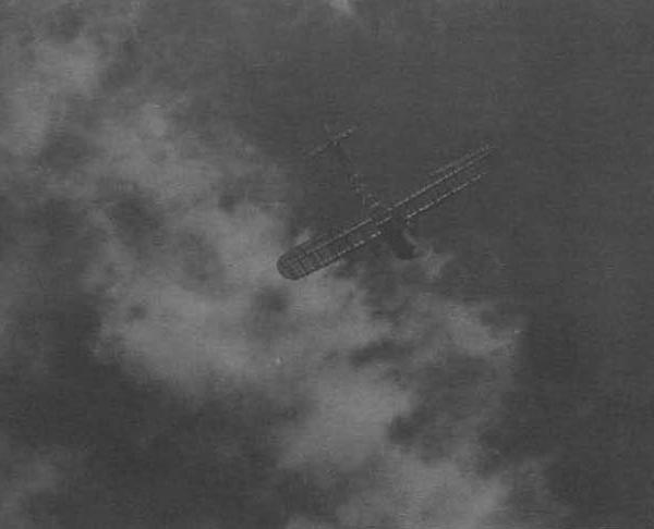 Notas curiosas: Aviones invisibles........en la Primera Guerra Mundial. - Página 3 6.Samolet-PS-v-polete.-Serpuhov.-Iyul-1935-g.-600x486