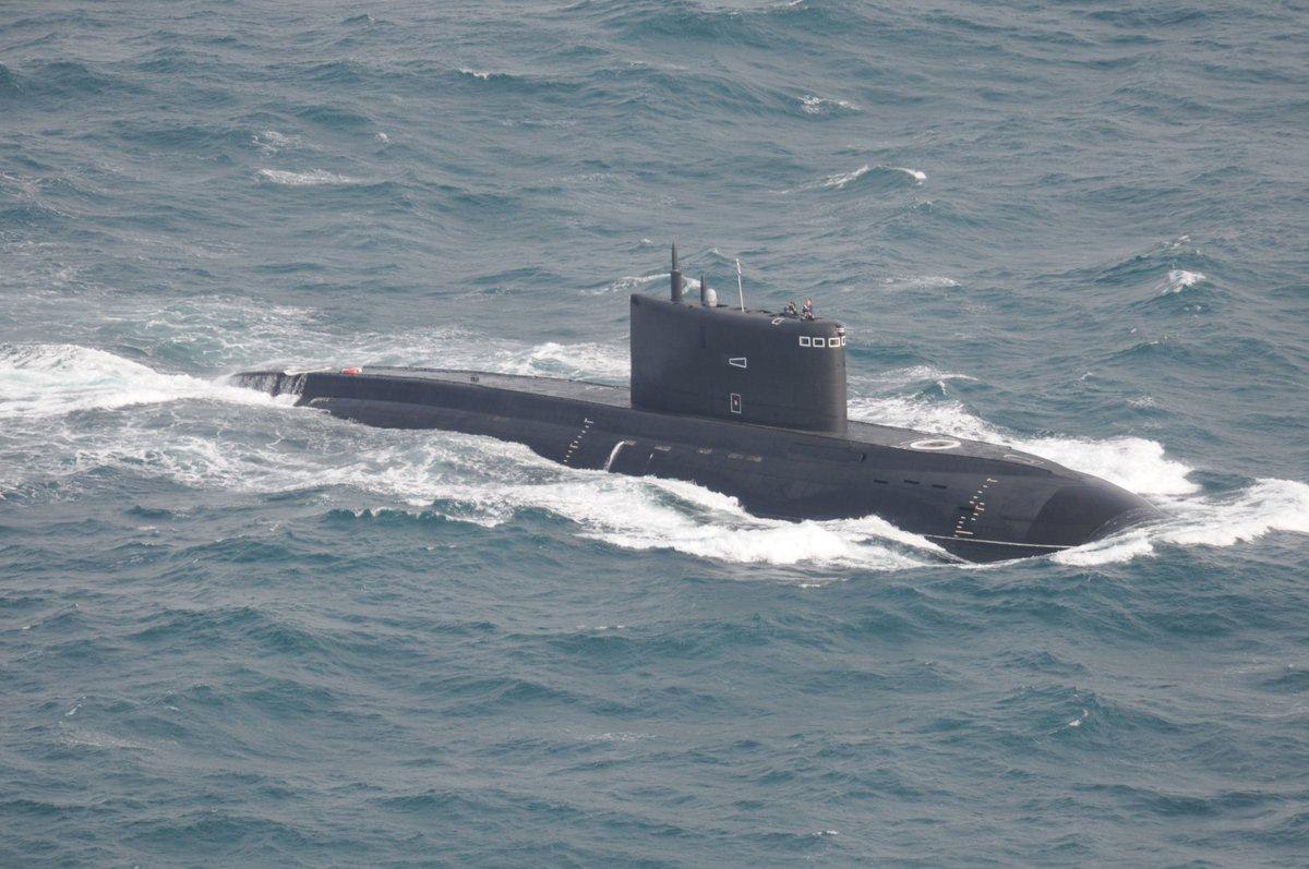 Dos submarinos dejarán la flota rusa en el Mediterráneo a ...