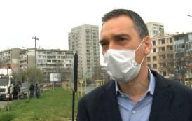 Кметът: Правя забележки на хората в парковете - отговарят ми със смях и нецензурни думи (видео)