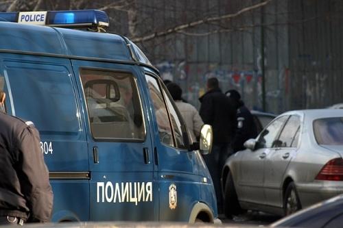 Конвоират задържаните в Несебър до столицата