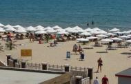 Спасители на плажа в Слънчев бряг и през септември