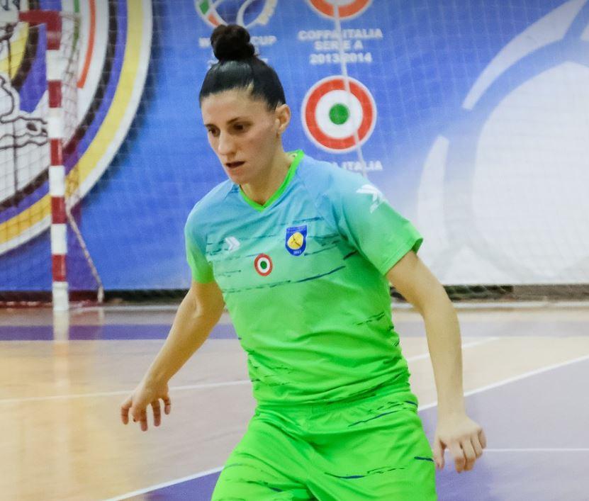 """Ampi (Internacional Española y Jugadora de ASD Citta di Montesilvano): """"Nosotras estamos viviendo el cambio que se está dando en el deporte femenino en general y seguiremos luchando para que siga creciendo. Sabemos que aún queda mucho que recorrer pero creo que estamos por buen camino."""""""