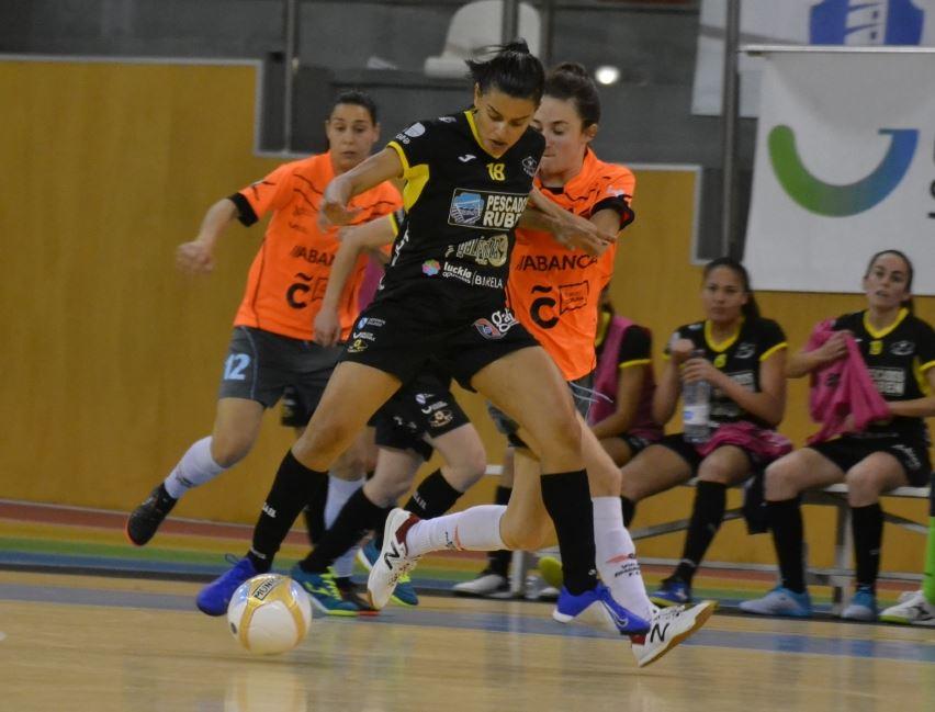 La efectividad del Pescados Rubén Burela FSF tumba al anfitrión, Viaxes Amarelle FSF, de la final de la XIII Copa Galicia Femenina (5-0)
