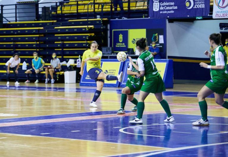 "Muni (Jugadora de Gran Canaria Teldeportivo): ""Hemos demostrado que con garra e intensidad podemos remontar"""