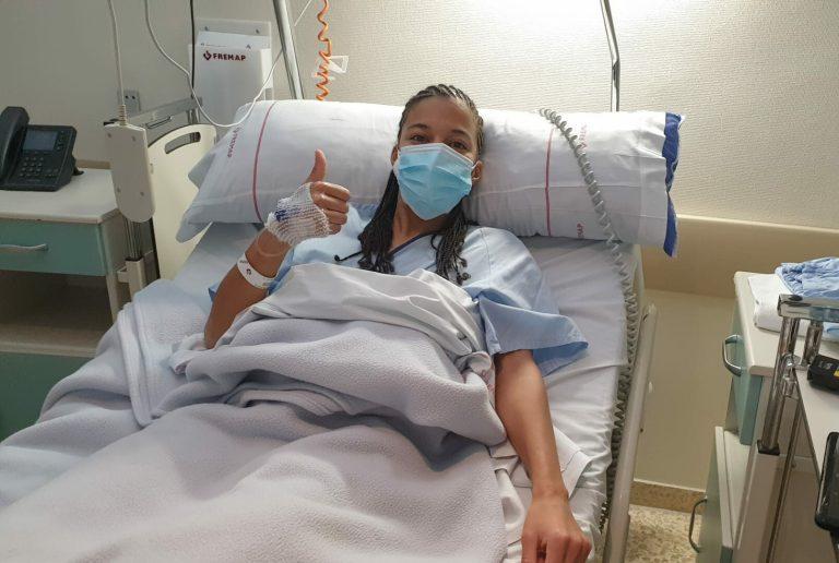 Jenny operada con éxito de la rotura del ligamento cruzado anterior