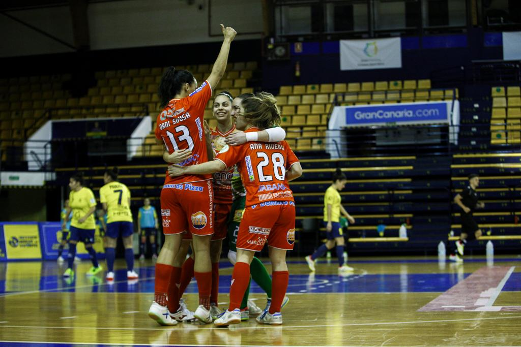 Poio vence con el Gran Canaria Teldeportivo dando la cara