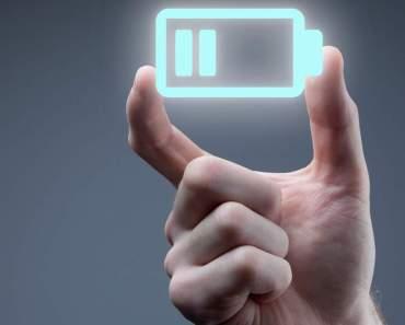 Desarrollan un teléfono móvil que no requiere batería