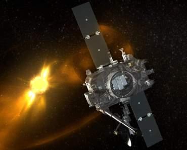 ¿Cómo se comunican los satélites como Cassini con la Tierra?