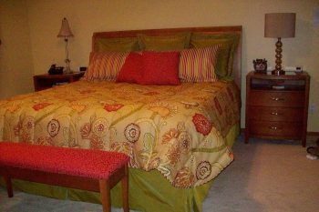 red-gold-green-custom-bedding-pillows-Zona's-Drapery-house