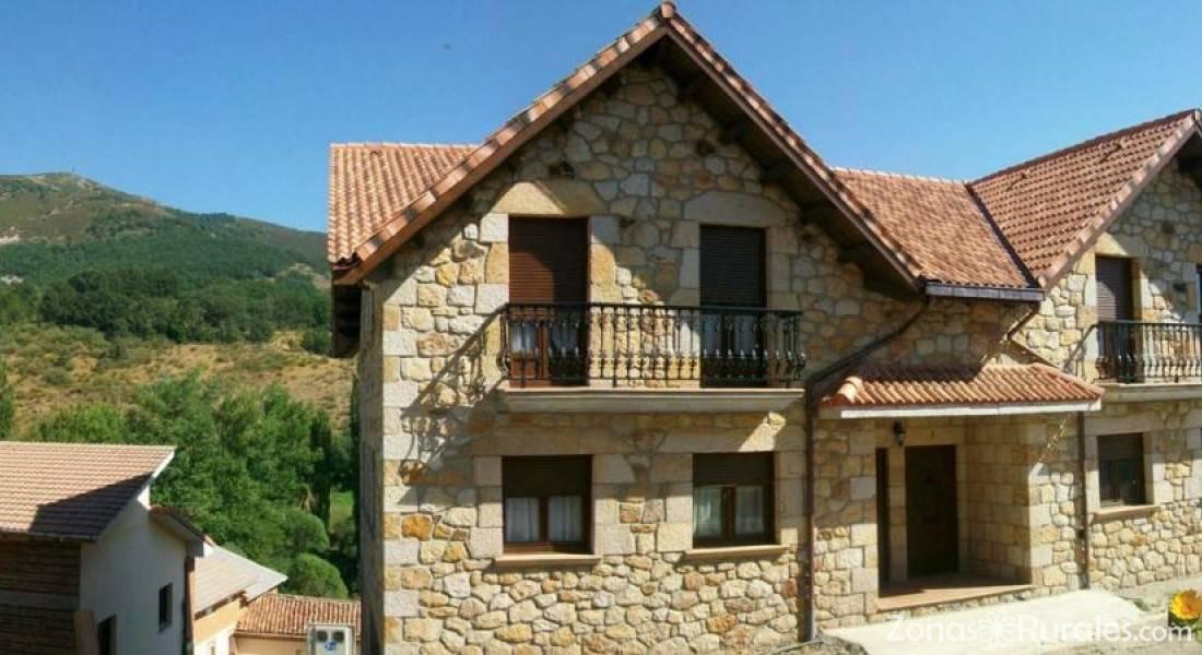 Apartamentos Rurales El Cueto  Apartamentos Rurales en