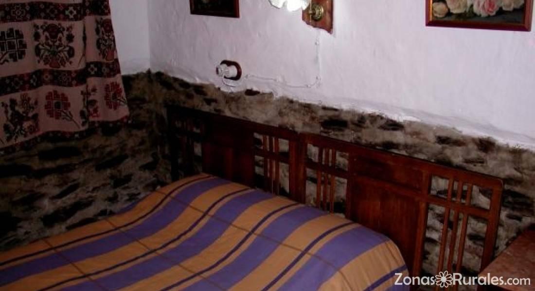 Casa Rural Cortijo Buena Vista  Casa Rural en Laroles Granada