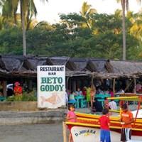 Restaurantes en la Bonfil y Barra Vieja dan por pérdida la temporada ante el clima que se vive en #Acapulco