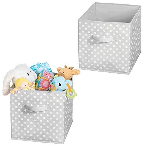 mDesign Box de Rangement vêtements ou Jouets pour Chambre d'enfant (Lot de 2) – bac de Rangement carré avec poignée Tissu – Boite de Rangement Tissu Motif à Pois rafraichissant – Gris et Blanc