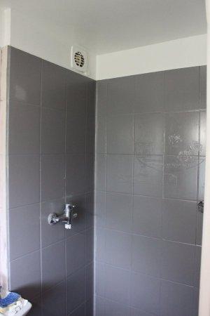 brico changer son mitigeur de douche. Black Bedroom Furniture Sets. Home Design Ideas
