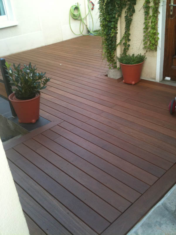 conception d 39 une terrasse en bois. Black Bedroom Furniture Sets. Home Design Ideas