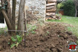 Installer bordure de jardin (9)