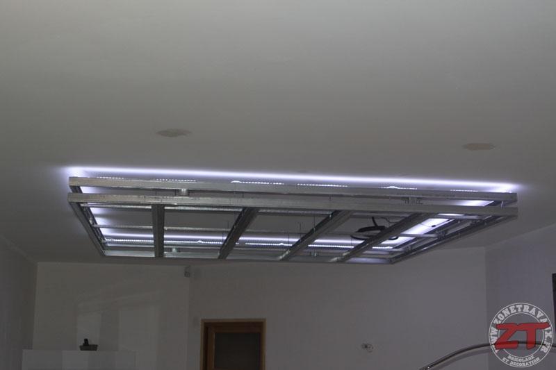 faux plafond cuisine spot faux plafond pour salon demo duplex pvd verlichting 1 le plafond. Black Bedroom Furniture Sets. Home Design Ideas