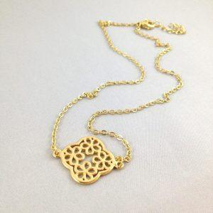 ketting met bloem goud