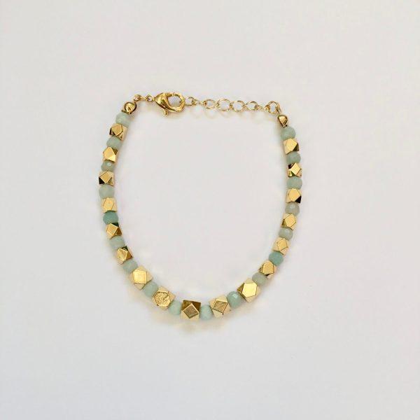 Armband met amazoniet bolletjes goudkleurig