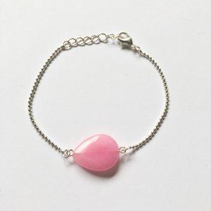 Armband met een roze ovalen natuursteen zilver
