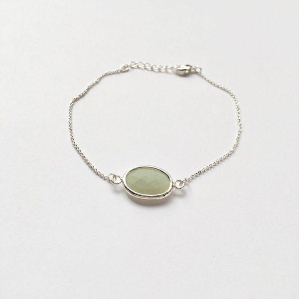Armband met groen grijs natuursteen (zilverkleurig