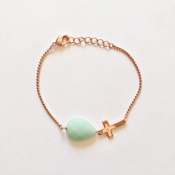 Armband met kruisje en druppel amazoniet rose goud