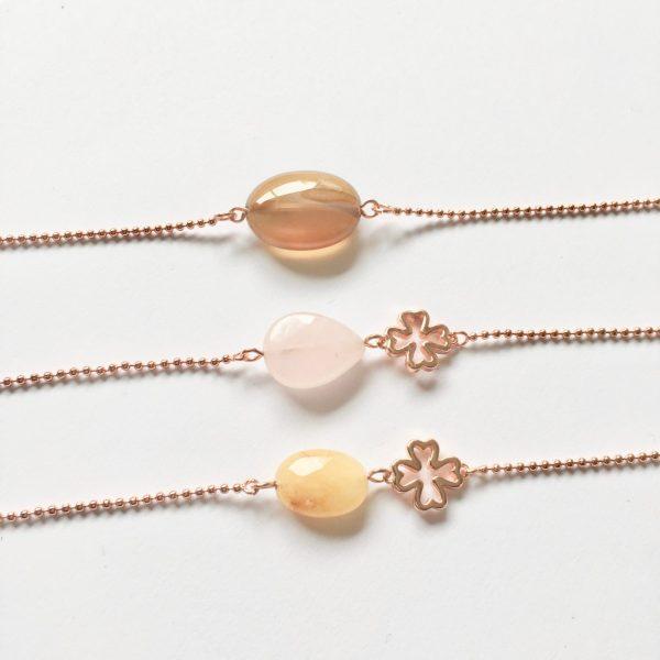 Armband met rozenkwarts en klavertje vier rose goud edelsteen armbanden natuursteen