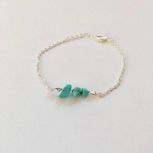 Armband met turquoise natuursteen zilver