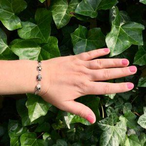 Fijne armband met natuursteen bedels multi zilver